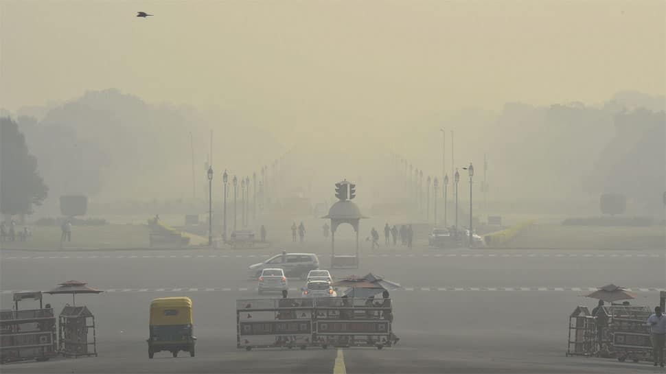 Environment body hints at banning all private vehicles if Delhi air pollution deteriorates