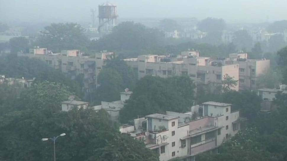 Delhi's air quality improves, reaches 'very poor' category