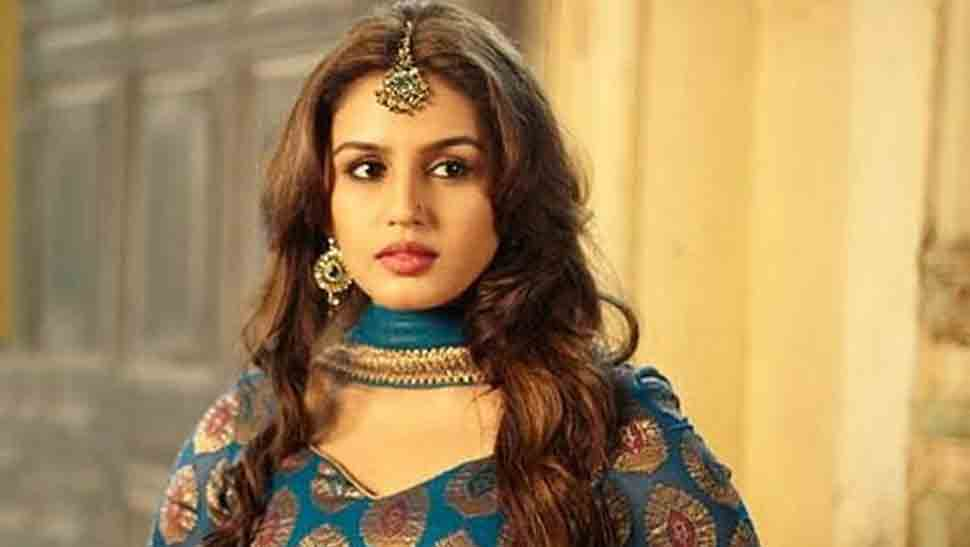 Huma Qureshi excited to work with Deepa Mehta