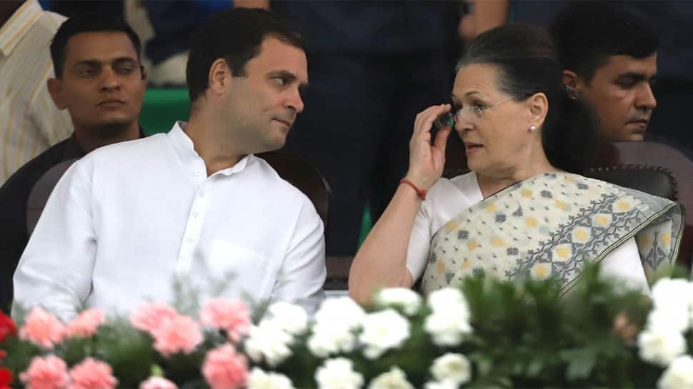 SC to hear Tuesday pleas of Sonia, Rahul in Income Tax case