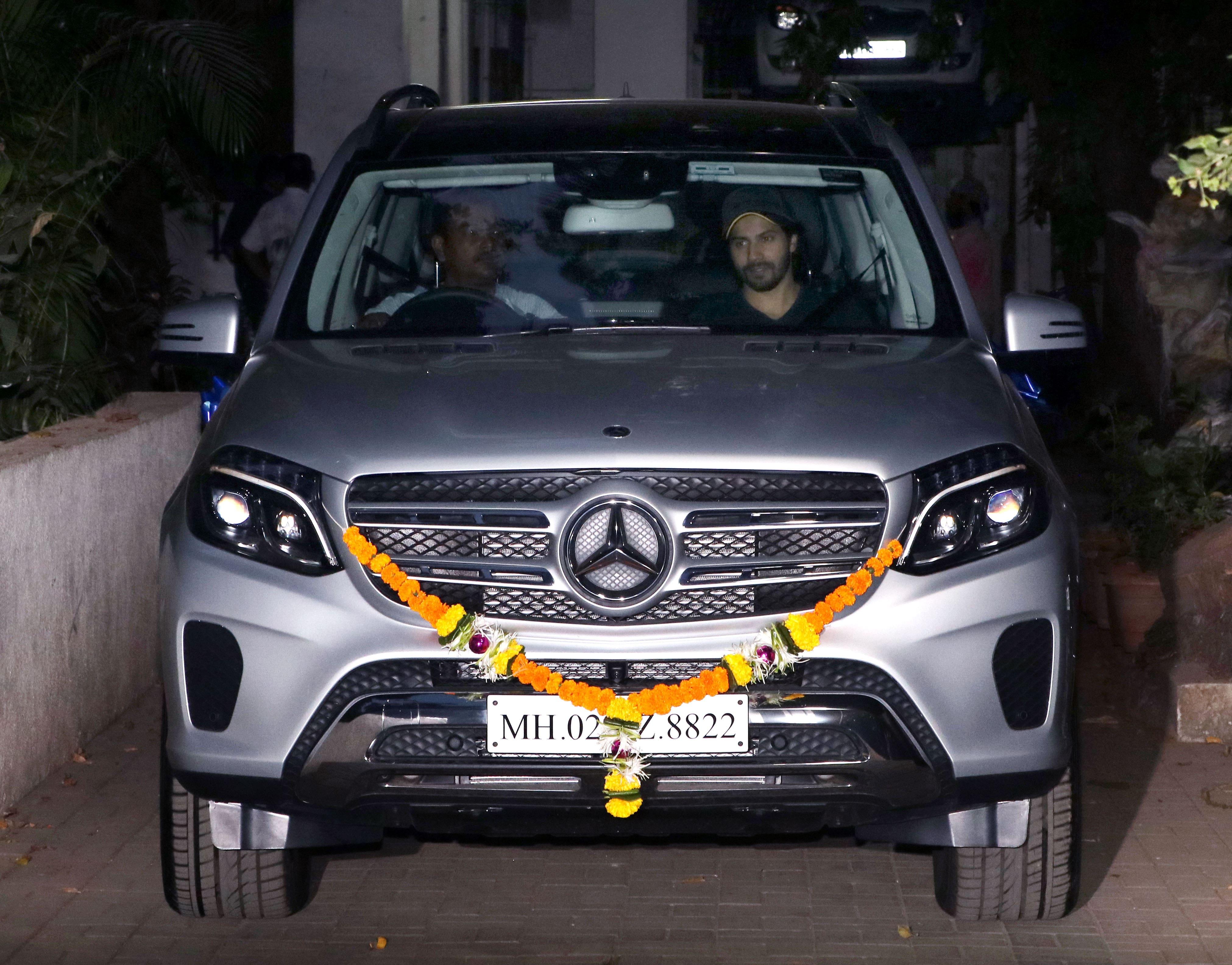 Who Owns Range Rover >> 5 brand new cars of Bollywood: Salman Khan to Abhishek ...