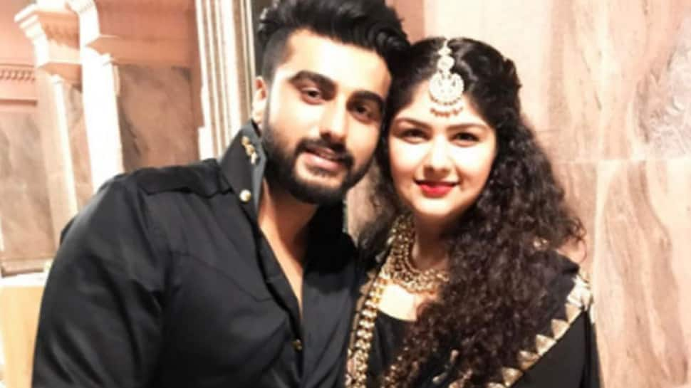 Arjun Kapoor, Anshula's emotional posts for their mother Mona Shourie will break your heart-See inside