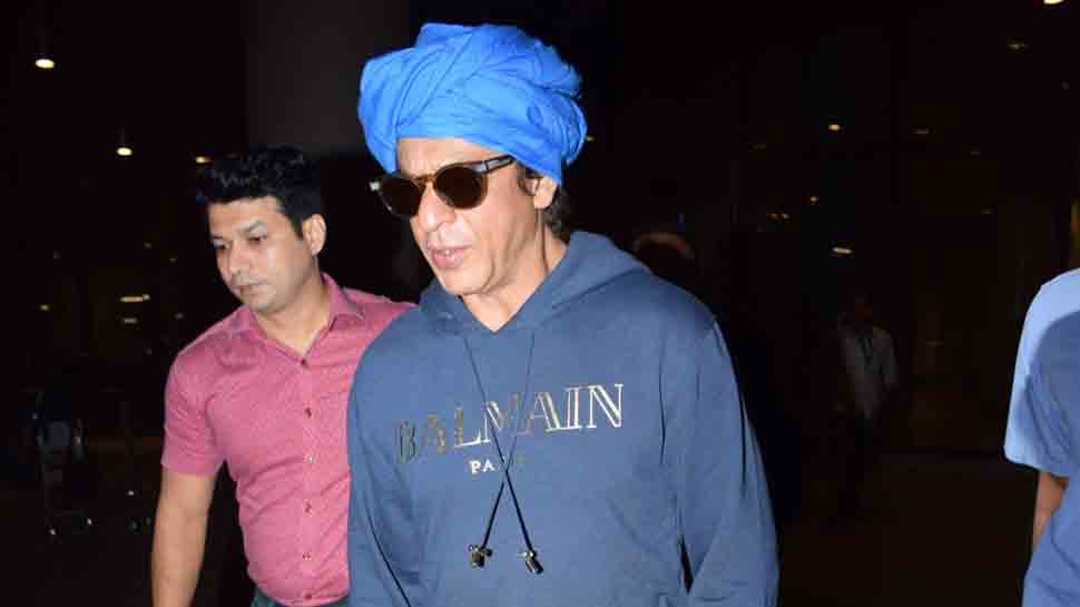 Shah Rukh Khan returns from Middle East after promoting Zero, rocks a new turban look at airport