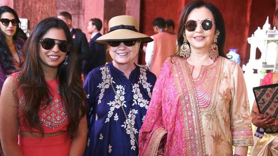 Nita Ambani, Isha Ambani and Hillary Clinton visit Udaipur's Swadesh Bazaar as part of pre-wedding functions