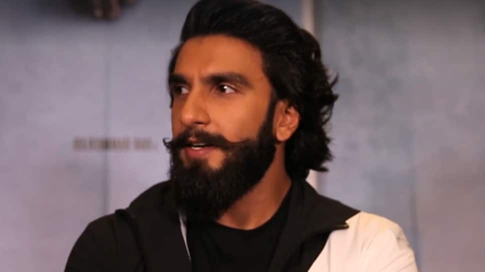 I don't feel any pressure, but have responsibility towards acting: Ranveer Singh