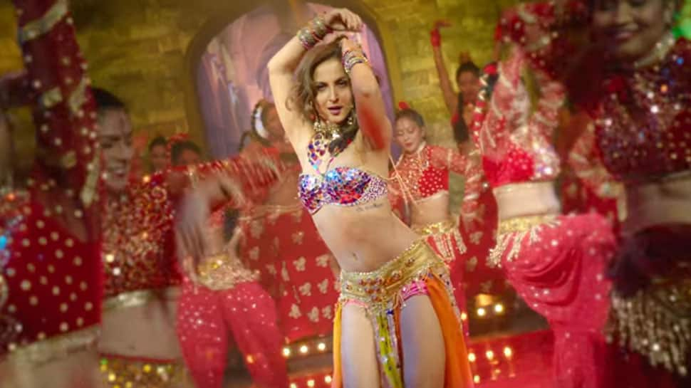 Chamma Chamma : Elli AvrRam gives a sizzling twist to Urmila Matondkar's song—Watch