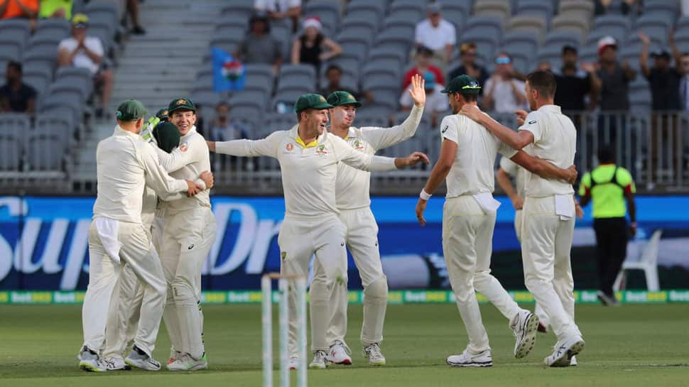 Sachin Tendulkar, Mitchell Johnson tweet praising Australia's thumping Test win over India in Perth