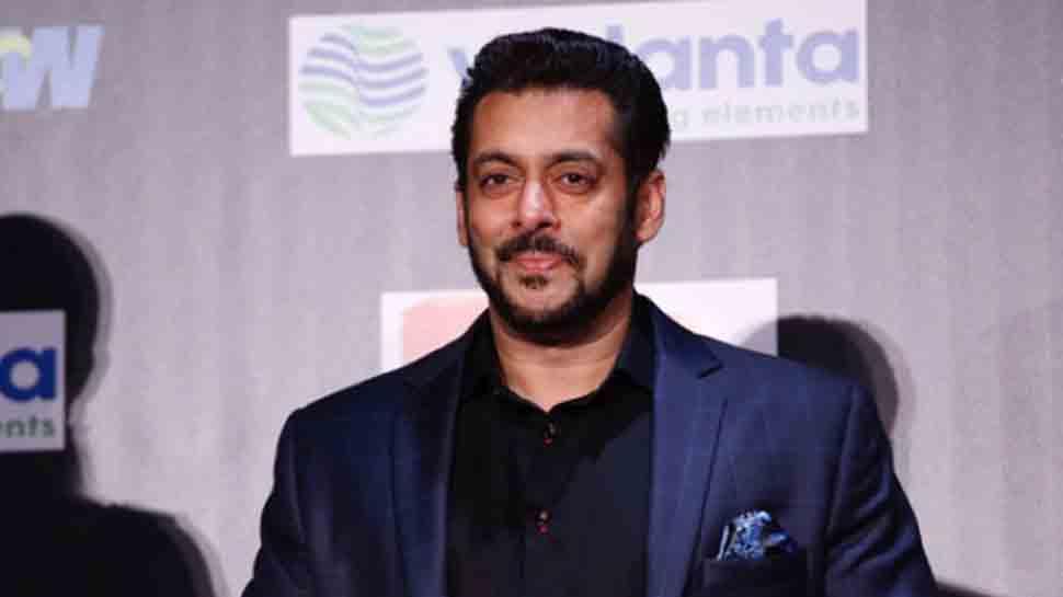 Salman Khan to launch Mahesh Manjrekar's daughter Ashwami?