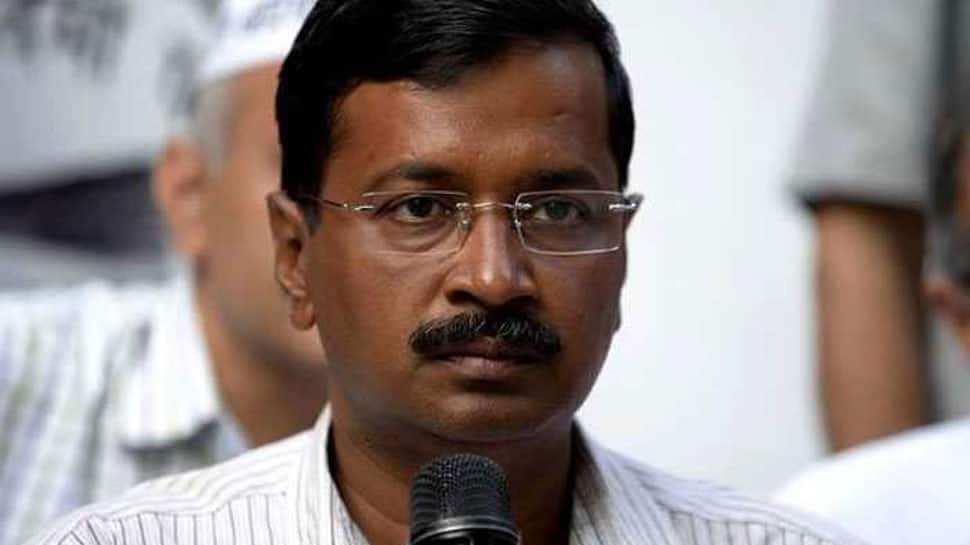 Some people heckle Delhi CM Kejriwal at official event