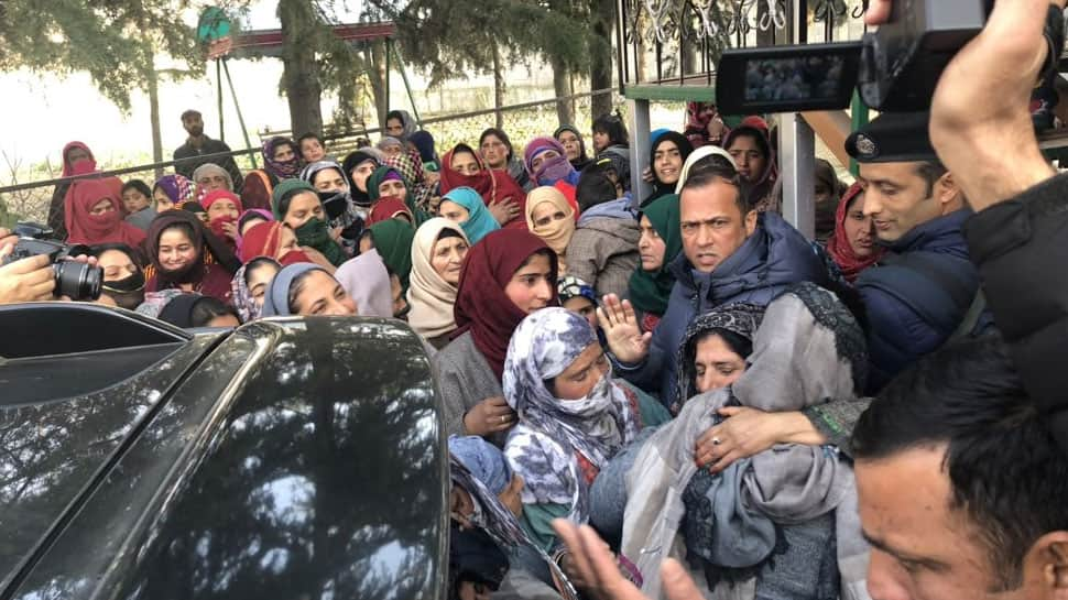 Mehbooba Mufti threatens J&K Governor, police after meeting terrorist's family