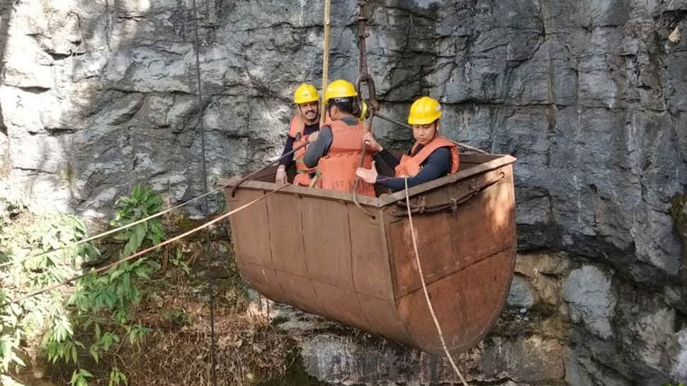 On 19th day of Meghalaya rescue ops, divers find coal, wooden structure, but not trapped miners