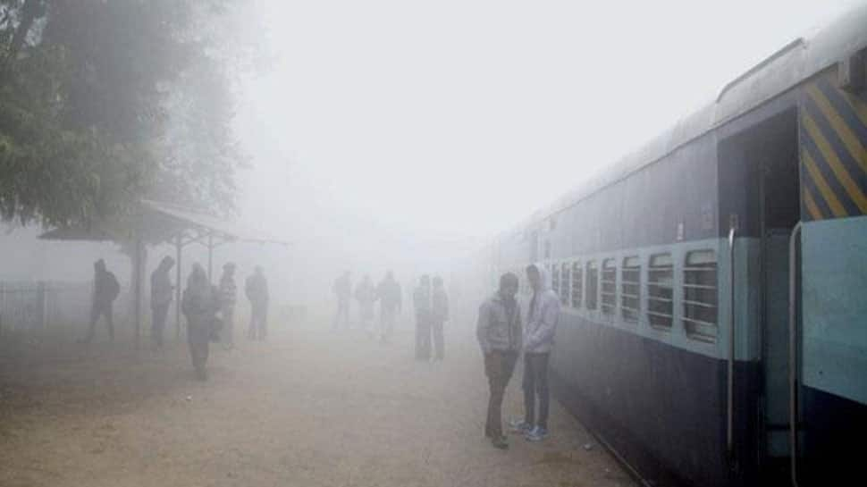 Delhi wakes up to fog, 12 trains running late due to low visibility