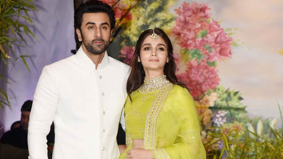 Ranbir Kapoor, Alia Bhatt spotted in New York with his family-See pic