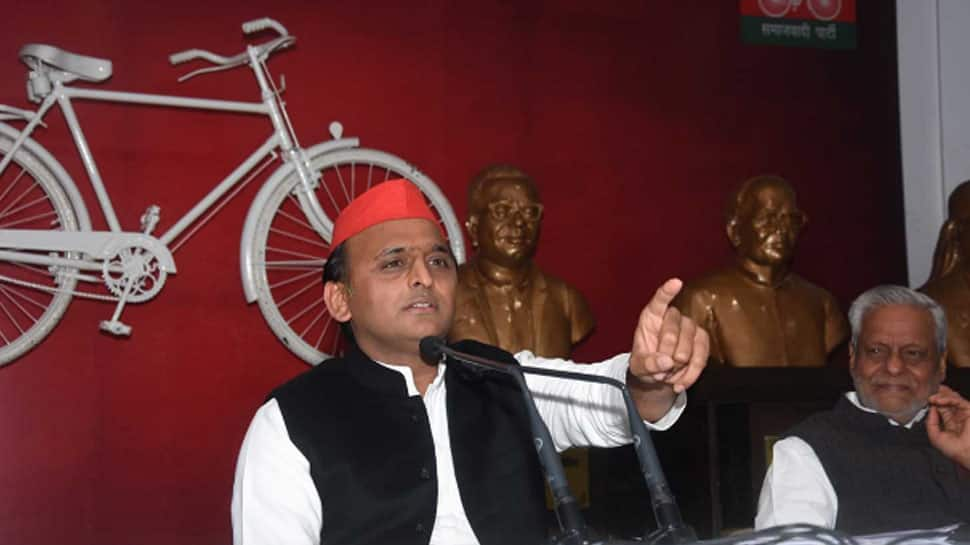 CBI likely to examine Akhilesh Yadav in connection with illegal sand mining case