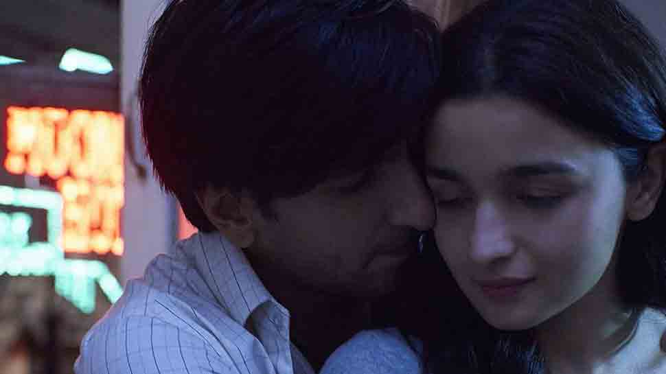 Ranveer Singh, Alia Bhatt starrer Gully Boy new poster out, trailer drops on this date — Check out