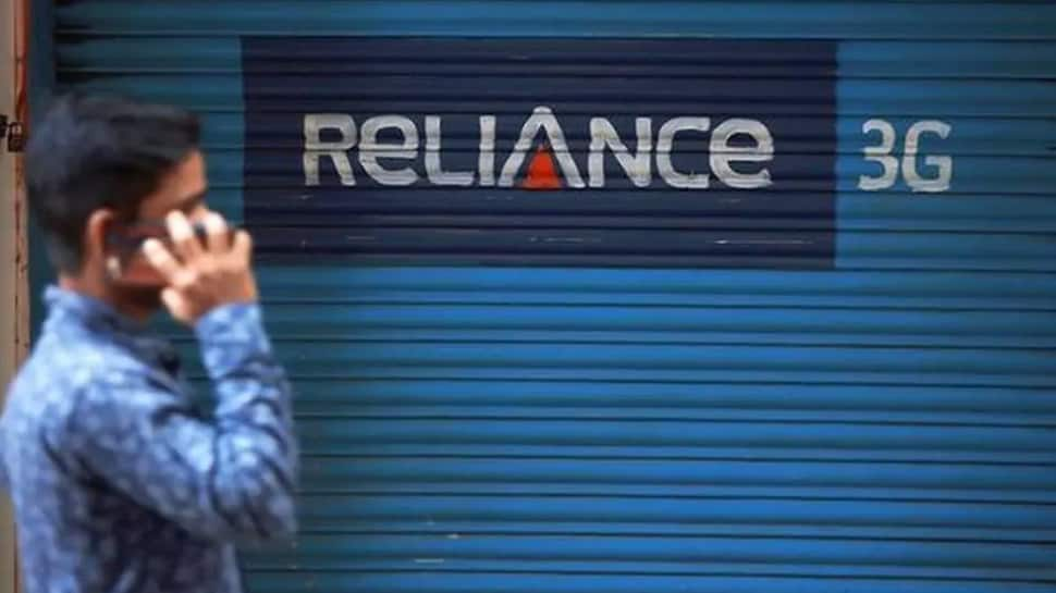 SC pulls up Reliance Communications on Ericsson's plea, Anil Ambani's firm offers to deposit Rs 118 cr