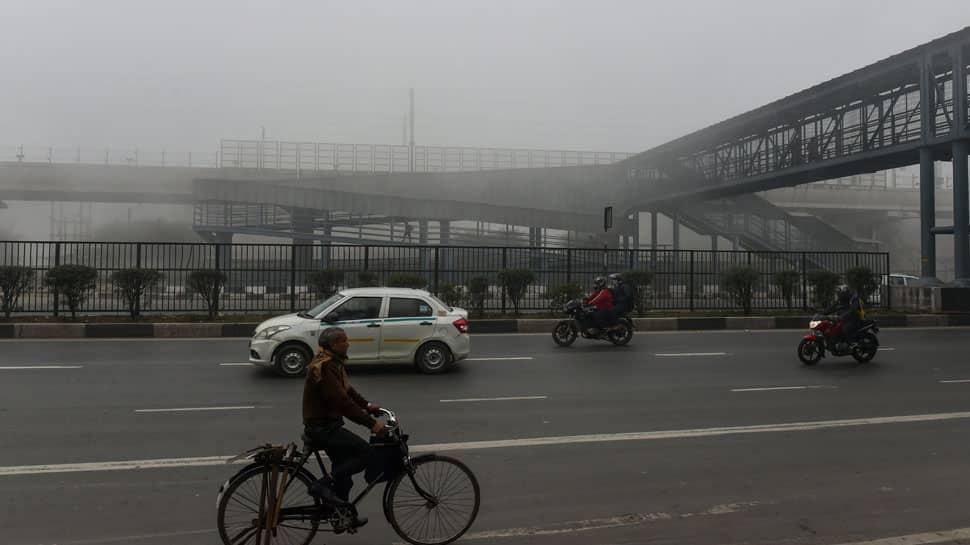Thick blanket of fog envelops Delhi; 9 trains delayed