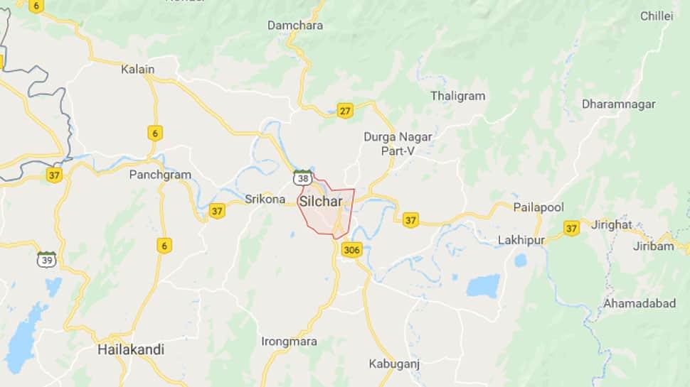 Bengali poet Srijato Bandyopadhyay heckled in Assam's Silchar