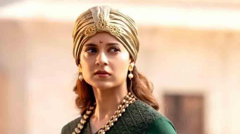 Kangana Ranaut takes fresh dig at Roshans, Karan Johar for singling her out for criticism