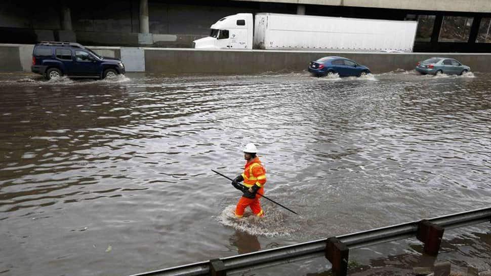 Five deaths blamed on storms that dump snow, rain on California