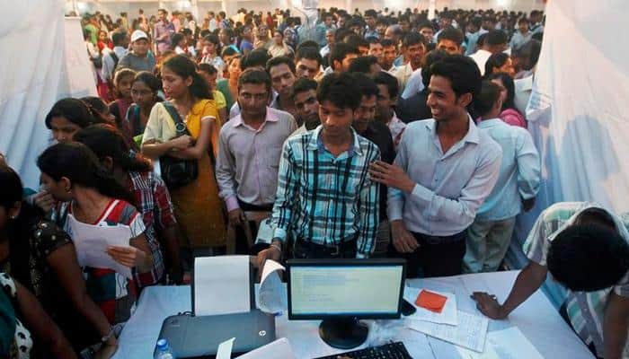 Maharashtra: 7,000 applicants, mostly graduates, for 13 canteen waiter posts in Mantralaya