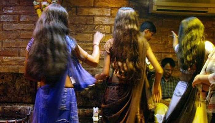 Under fire, Maharashtra govt may take ordinance route to ban dance bars