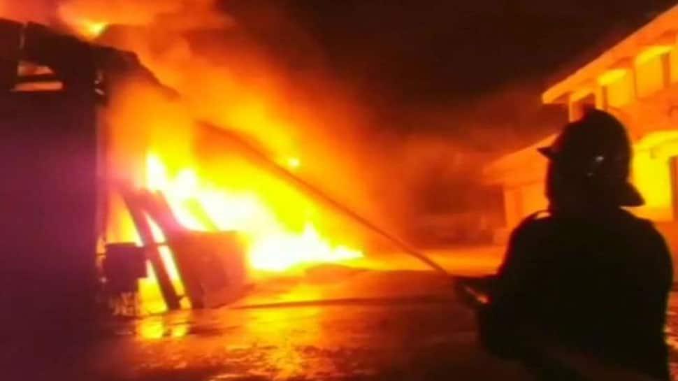 Major fire at garment store in south Kolkata's Gariahat