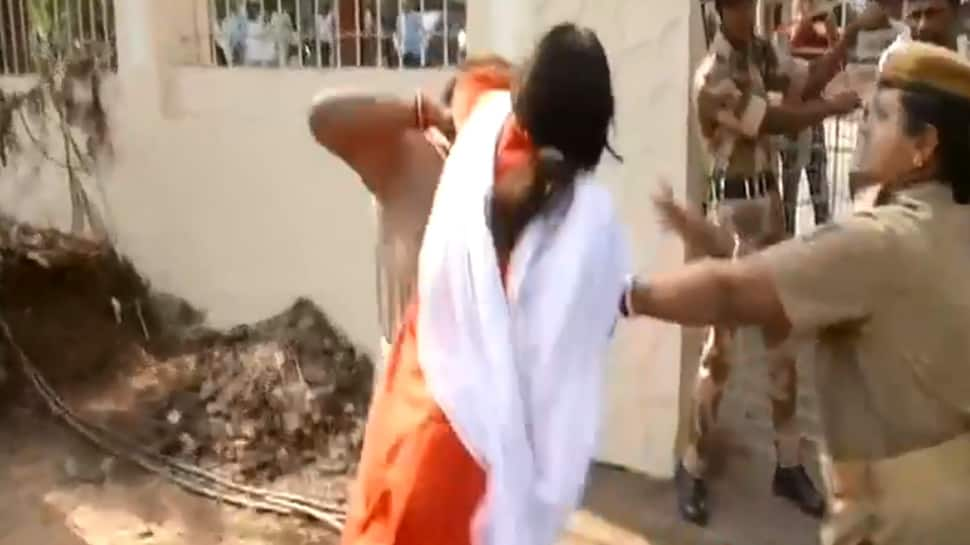 Fist fight between police and BJP women workers caught on camera in Odisha