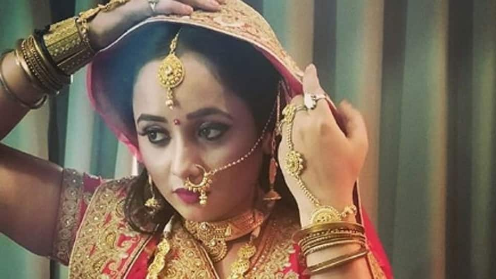 Rani Chatterjee's desi saree look will bowl you over! See pic