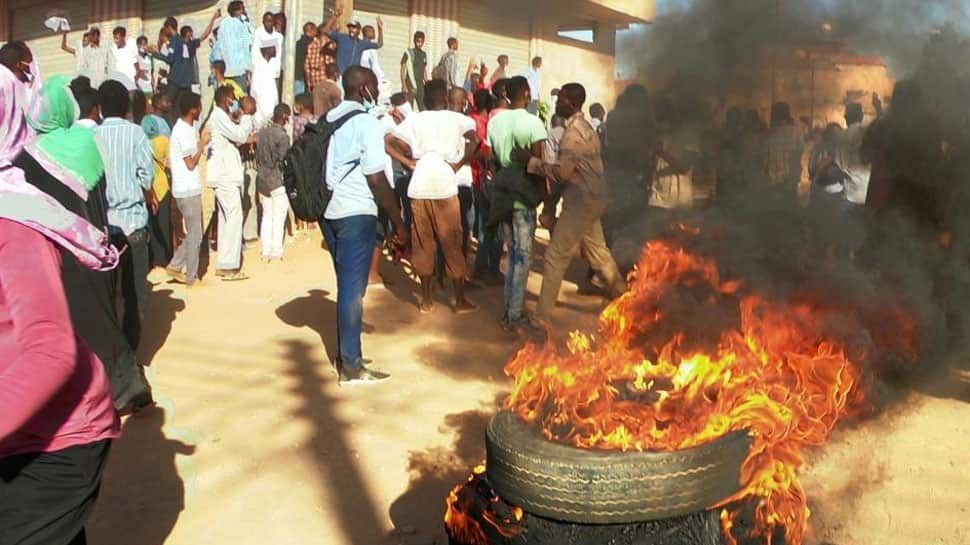 Two more die as anti-government protests rock Sudanese cities