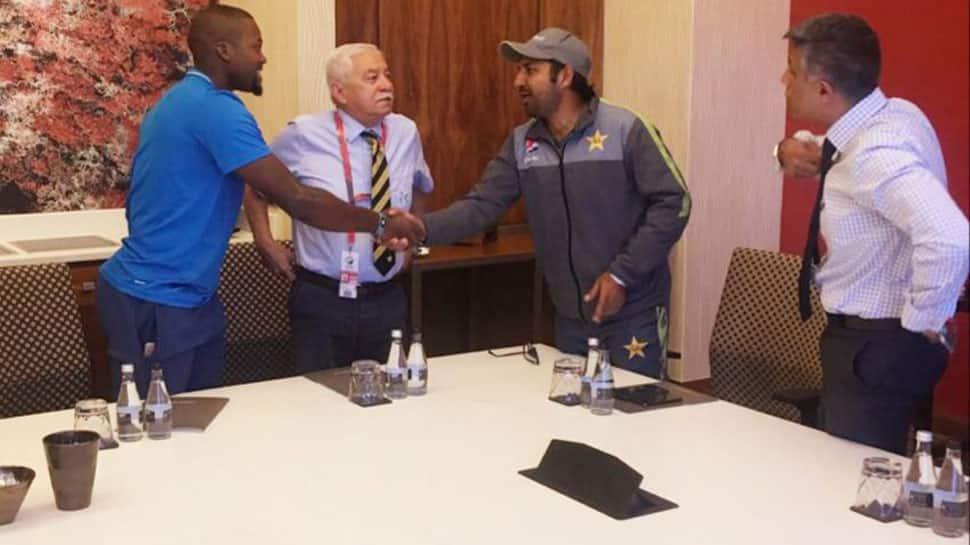 Have met and apologised to Andile Phehlukwayo, says Sarfaraz Ahmed