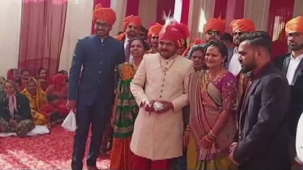 Patidar leader Hardik Patel ties knot with Kinjal Parikh