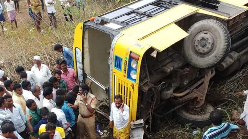 School bus overturns in Guntur district of Andhra Pradesh, several students injured
