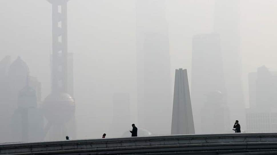 China regions losing 'momentum' in pollution fight - Environmental minister