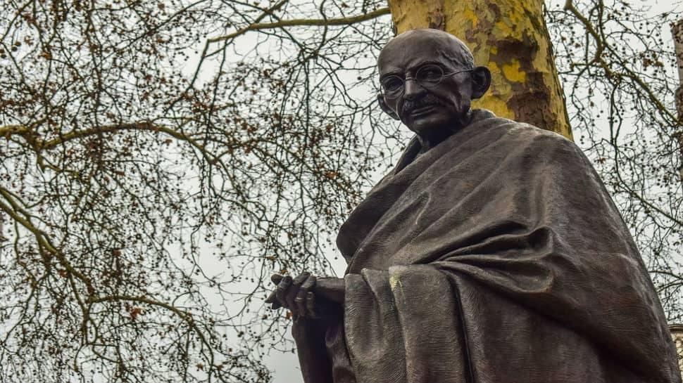 13 booked for firing air shots at Mahatma Gandhi's effigy