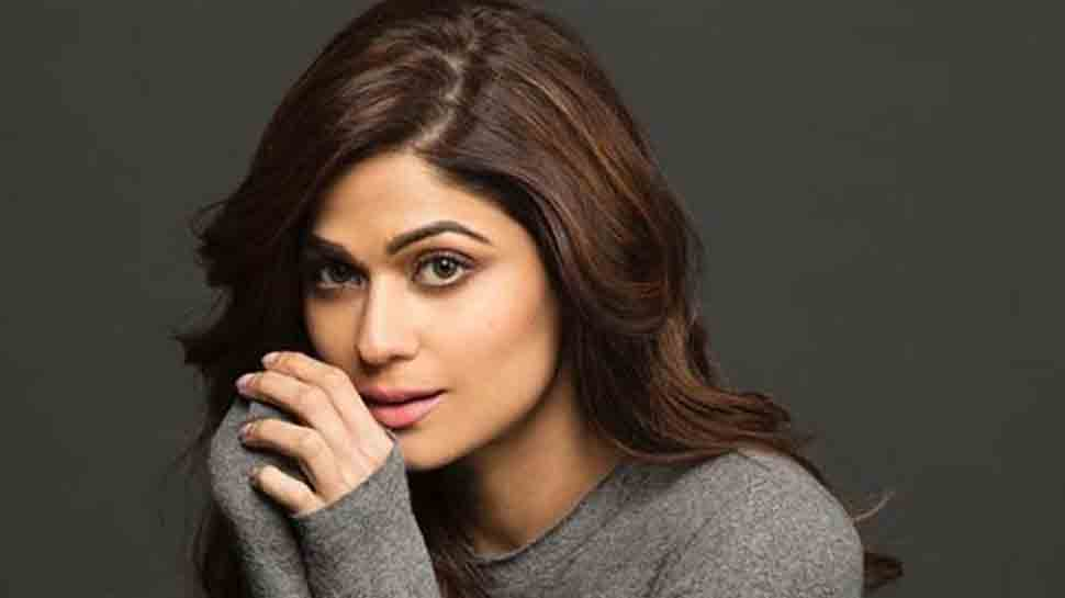 Shamita Shetty abused, driver thrashed by a group of men in road rage incident