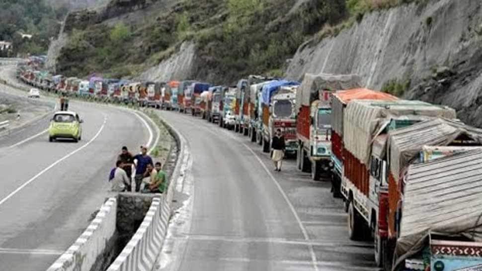 Jammu-Srinagar highway remain closed, shortage of essential supplies in Kashmir Valley