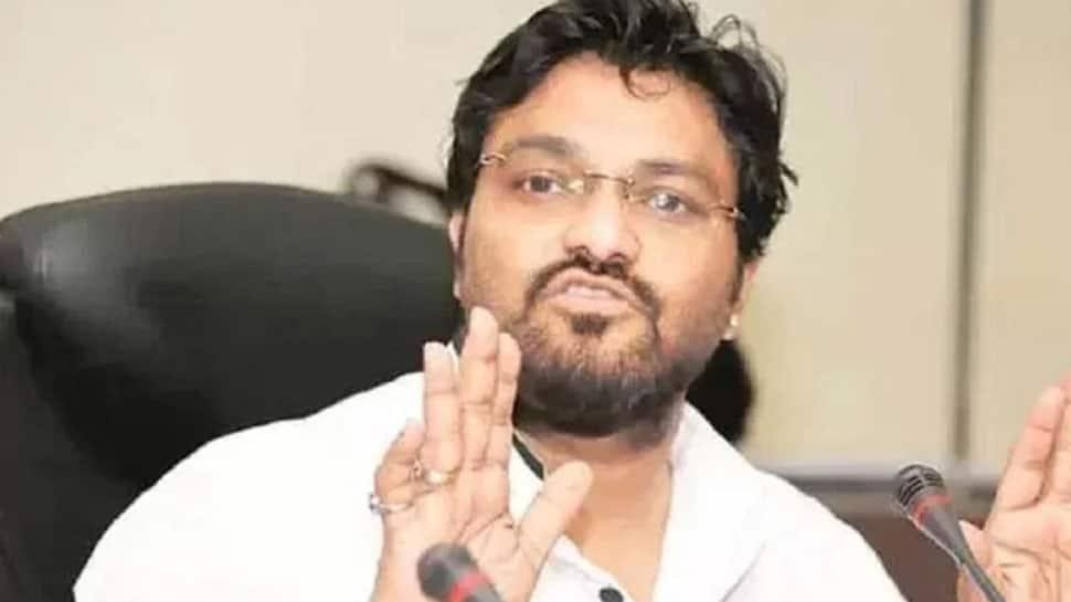 Union Minister Babul Supriyo attacks Mamata Banerjee, demands President's Rule in West Bengal over CBI-Kolkata Police showdown