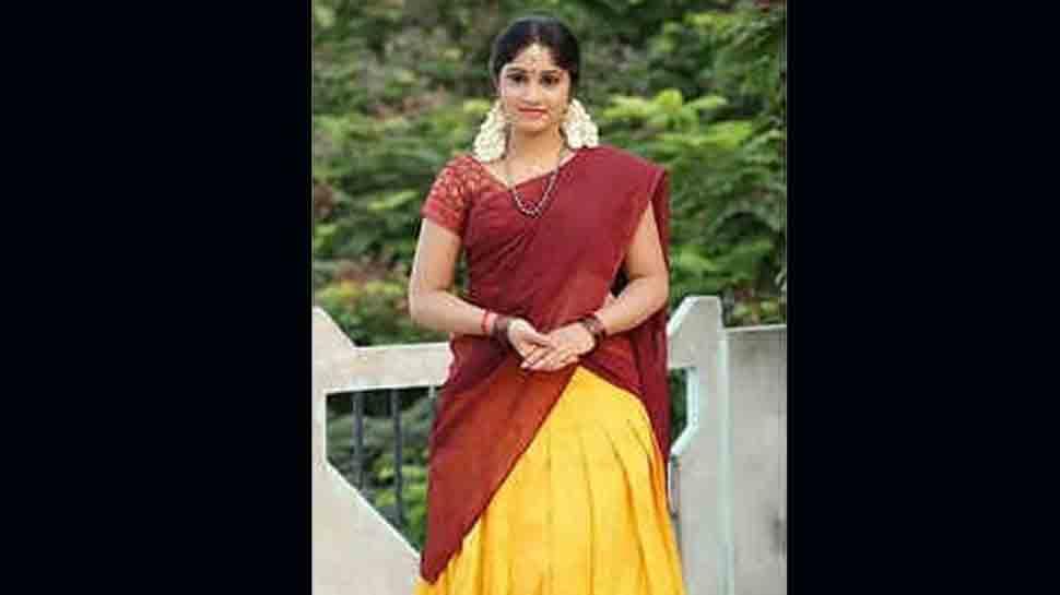 Telugu television actress Naga Jhansi commits suicide in Hyderabad