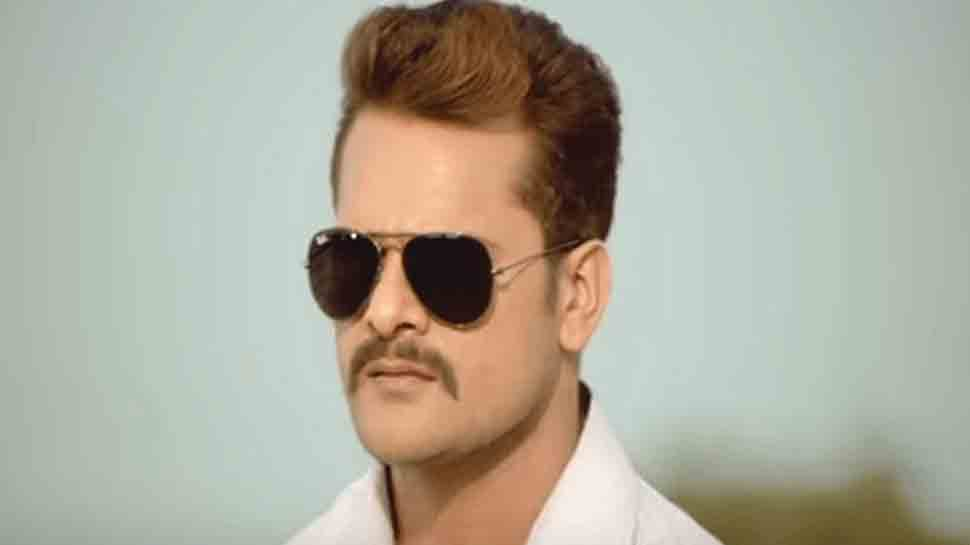 Khesari Lal Yadav's latest Holi song 'Rang Dalala Pe Kahe Bhagelu' is the perfect party number
