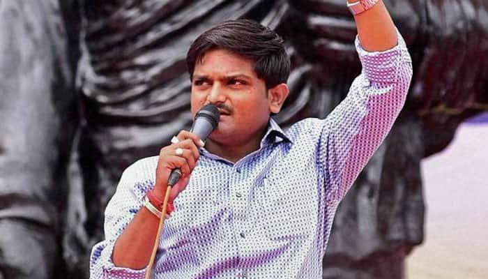 Patidar leader Hardik Patel announces to contest Lok Sabha election