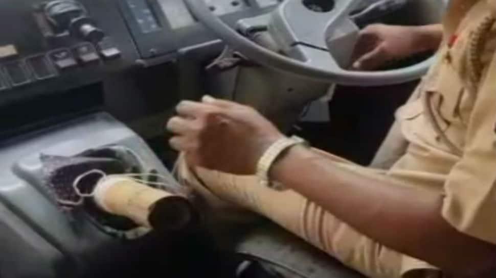 Bizarre: Mumbai bus driver replaces gear knob with bamboo stick