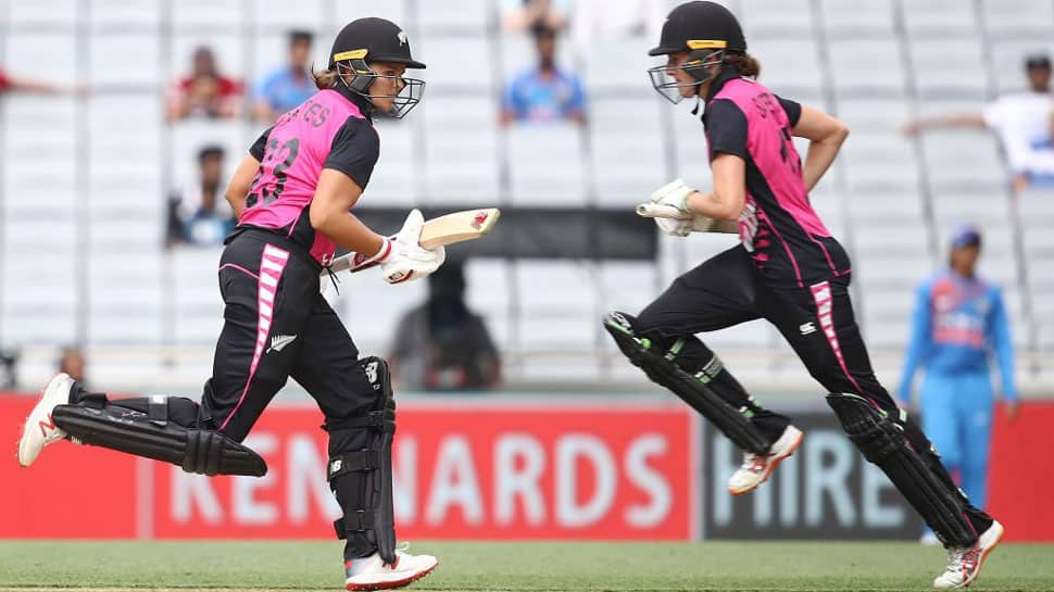 2nd T20I: New Zealand women beat India by 4 wickets to lead