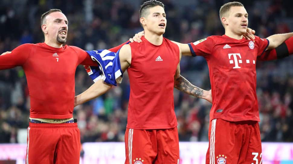 Bundesliga: Bayern Munich beat Schalke 3-1 to cut Borussia Dortmund lead