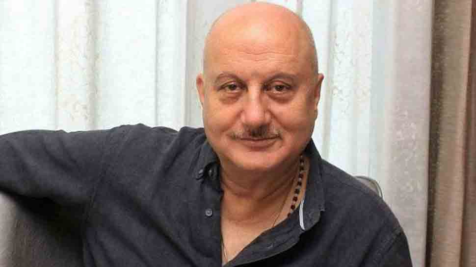Anupam Kher dedicates Outstanding Cast Award to late father