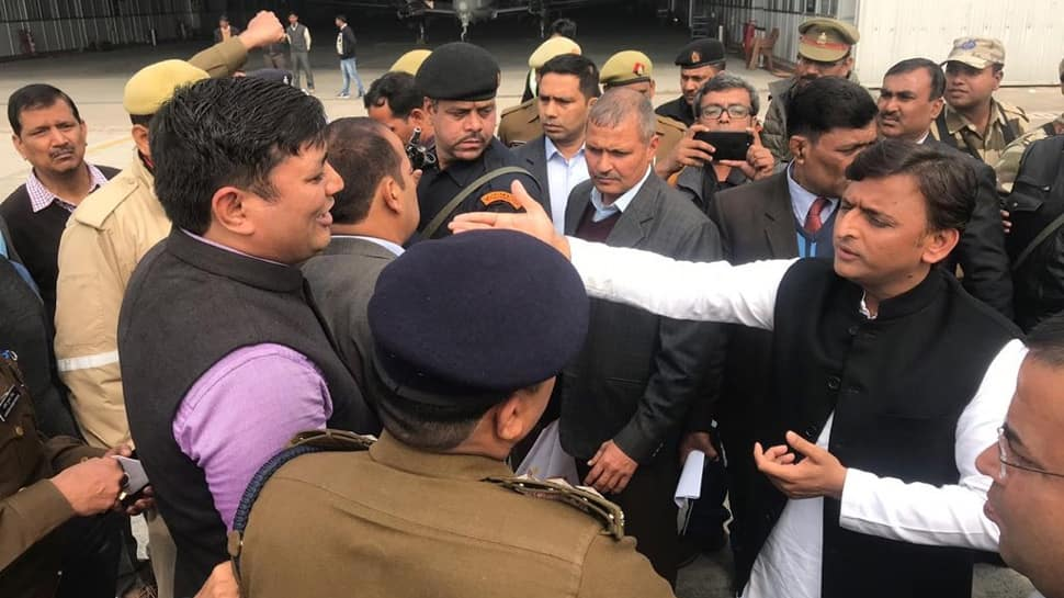 Akhilesh Yadav stopped at Lucknow airport, SP chief says UP government scared of him