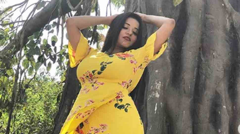Nazar actress Monalisa shares a sizzling dance video, mesmerises in yellow floral outfit