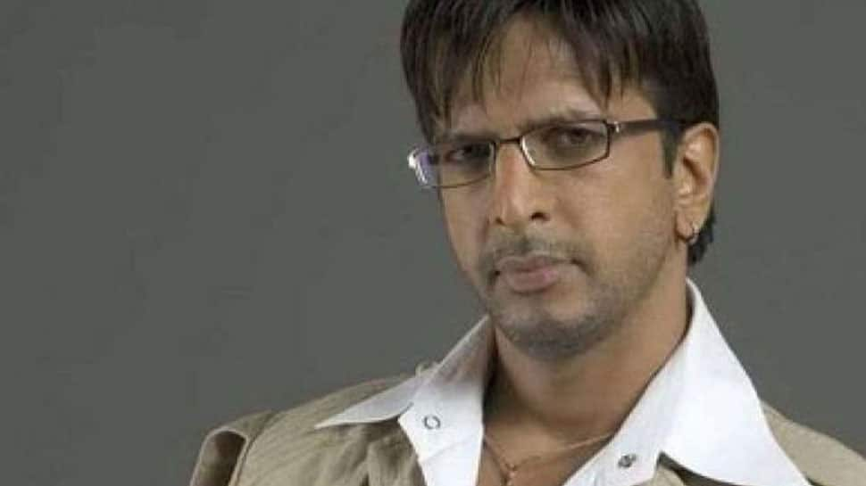 Javed Jaffrey gets emotional while receiving award for father Jagdeep
