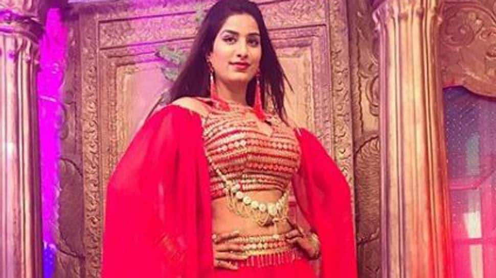 Poonam Dubey oozes oomph in this high-slit red ensemble-See pic
