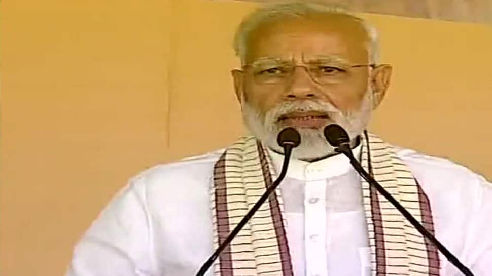 BJP-Shiv Sena alliance is going to be Maharashtra's first and only choice: PM Modi